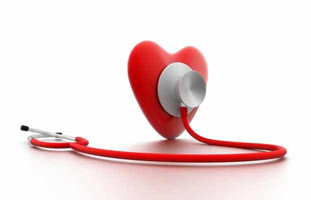 coeur avec un stéthoscope