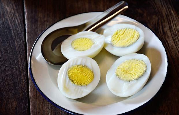 œufs entiers